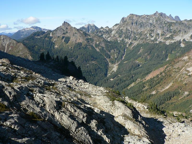 21 - 25 Most Treacherous Hiking Trails in the World - Huckleberry Mountain, Montana