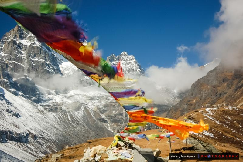 10-25 Everest Pictures - Prayer Flags