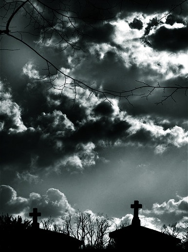 3 - Oak Park Cemetery - Claremont - 10 Most Haunted Trails In Southern California