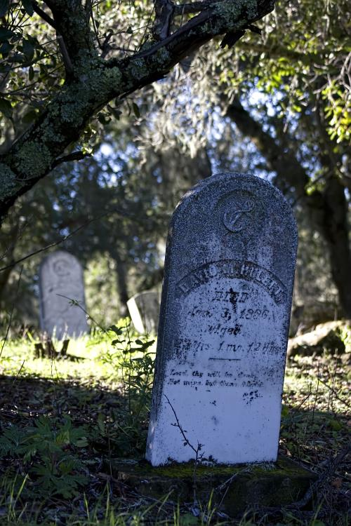 7 - Adelaida - Adelaida Cemetery - 10 Most Haunted Trails In Southern California