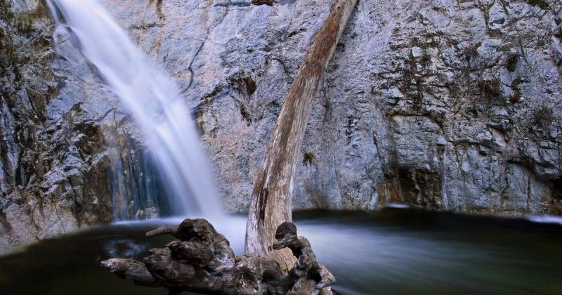 3) Switzer Falls, Los Angeles County - 10 Out Of This World Hiking Trips In California