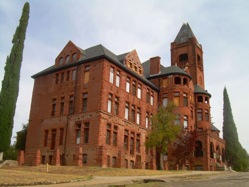 7 - Preston Castle - Haunted Hikes Sacramento