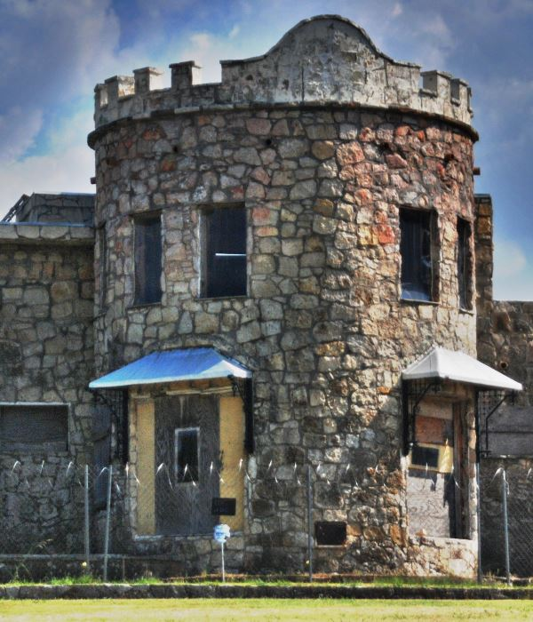 This bona fide castle was built on Lake Worth almost 100 years ago. It's a fairy tale place with stone towers and sprawling grounds
