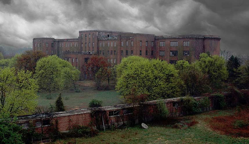 Byberry Mental Hospital in Philadelphia, PA looks like it is right out of your worst nightmares.