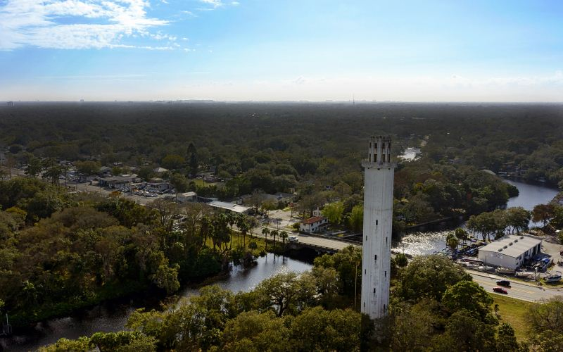 Tampa: Suicidal Ghosts Leap Off the Sulphur Springs Tower