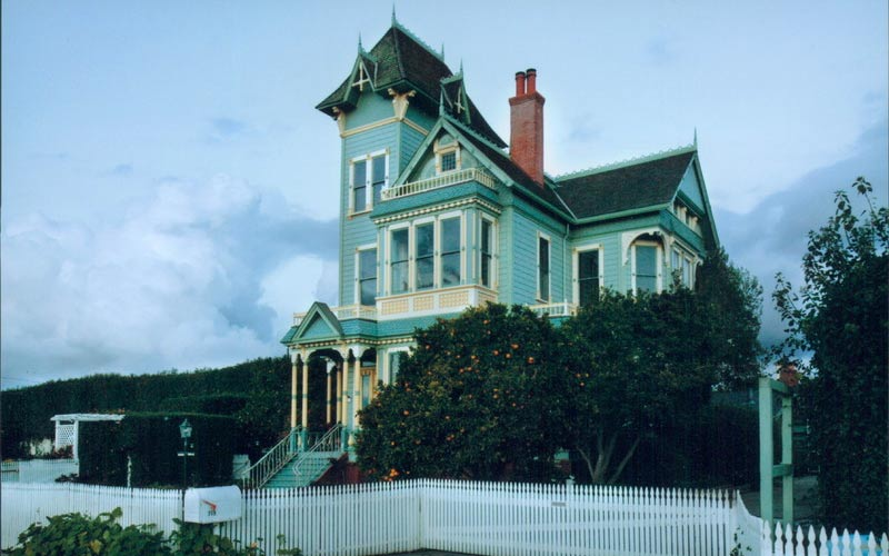 Ghost in Bloody Dress at Victorian Pitkin Estate in Arroyo Grande