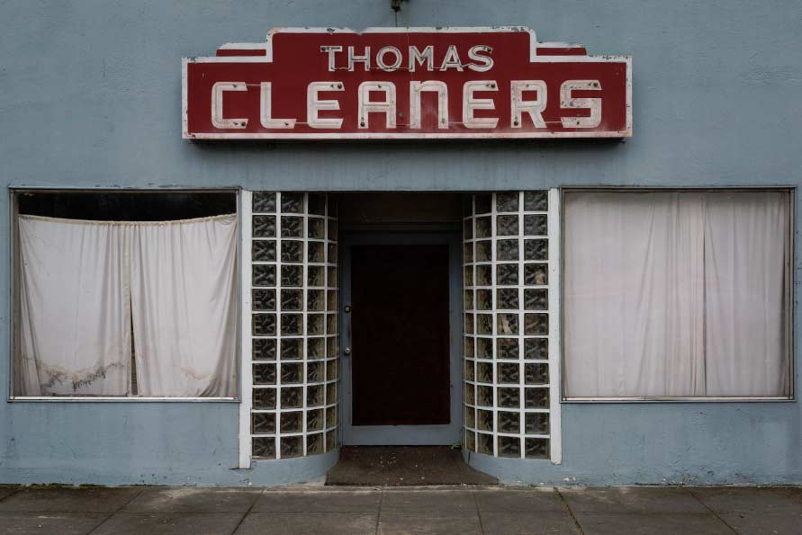 Thomas Cleaners is an abandoned dry cleaners where recent visitors report sightings of black eyed kids.