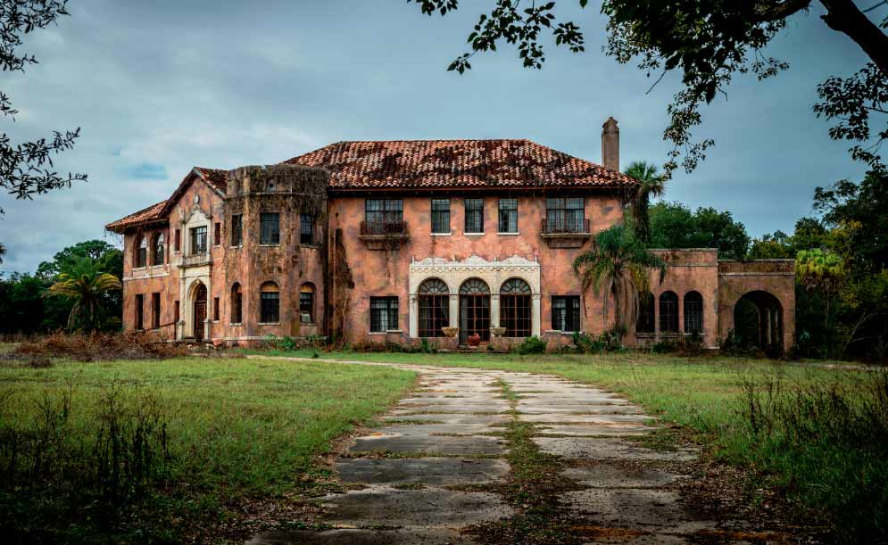 The Howey Mansion just needs some repairs, upkeep, a few renovations, an exorcism, and it'll be as good as new.