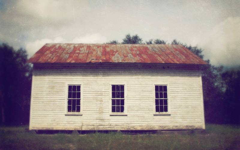 Hopewell in Hillsborough County, is a very haunted little spot in Florida. If you blink, you might miss it. But that also might be for the best...