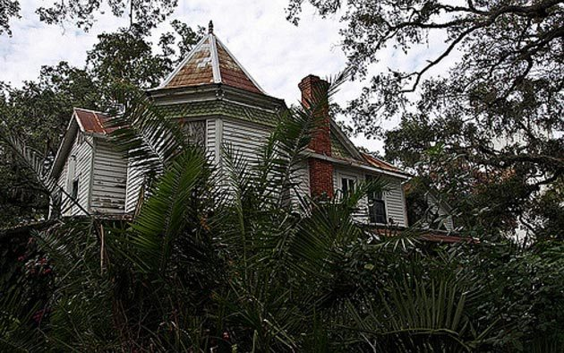10 Haunted Places In Florida Perfect For A Paranormal