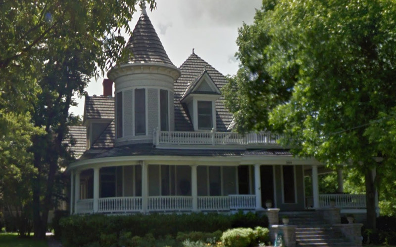 Haunted Weatherford: Run For Your Life If You See This Particular Ghost At The Mansion