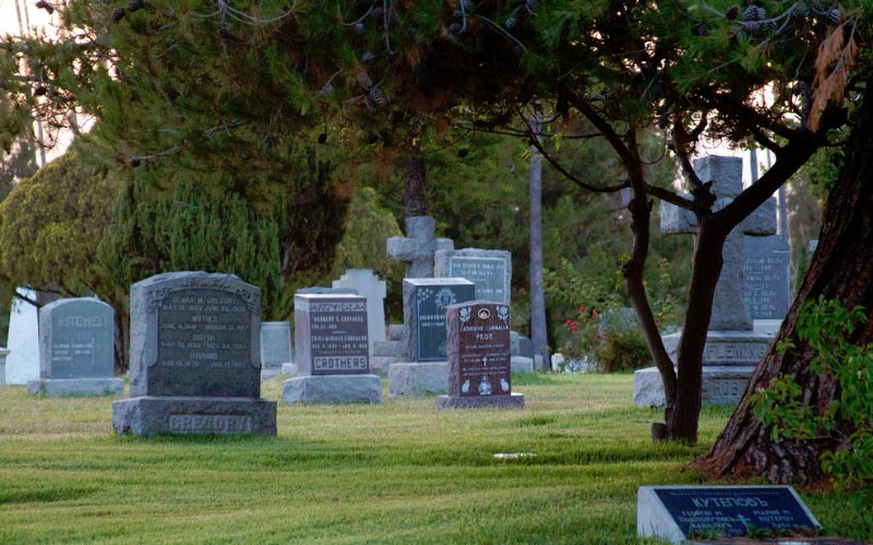 This Los Angeles cemetery is hope to many famous performers, and even after death - the show must go on.