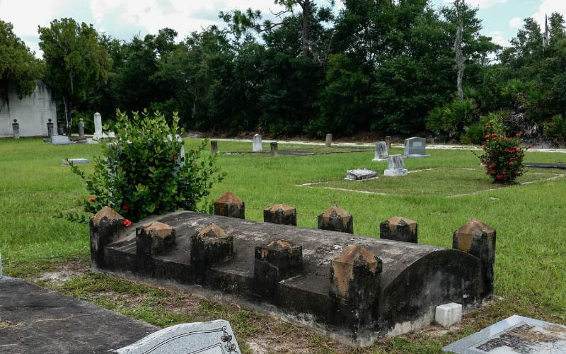 Indian Spring Cemetery in Punta Gorda, FL is home to one of the most haunted graveyards on this list.