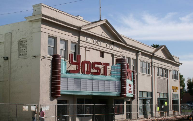 The Screaming Female Specter of the Santa Ana Yost Theatre