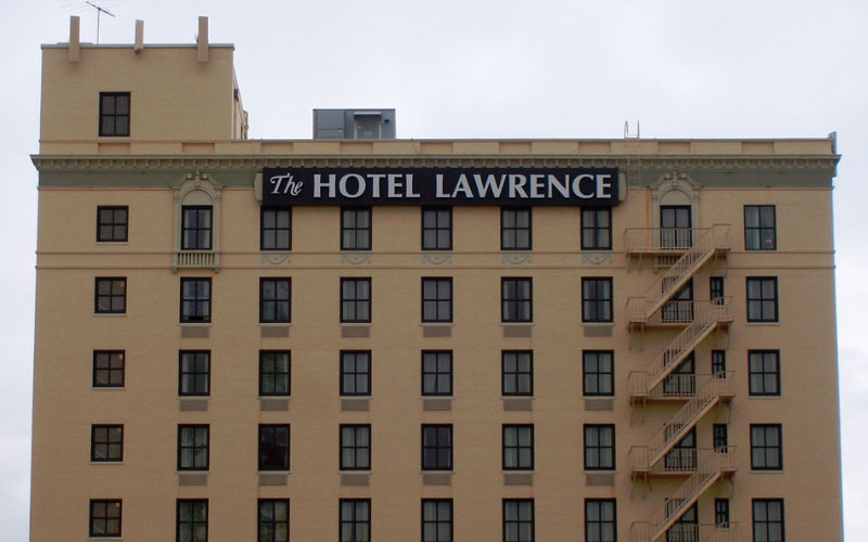 Too Many Paranormal Anomalies at the Hotel Lawrence Dallas