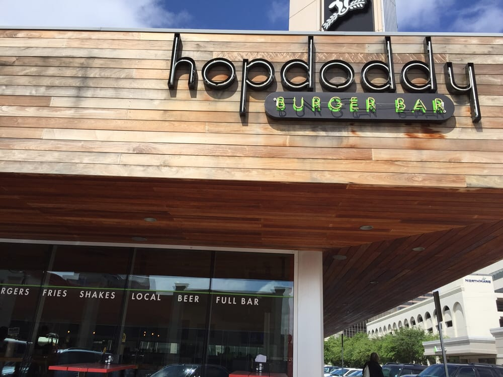 Hopdaddy has local food, beers, and ghosts in Dallas.