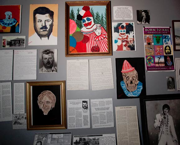 An unusually large collection of serial killer  memorabilia  9b044845b78