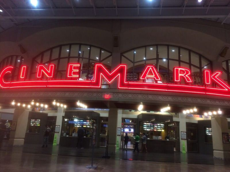 Cinemark Orlando is in a haunted movie theater in Florida.