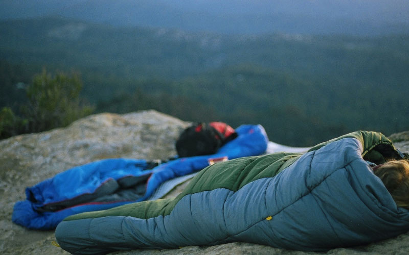 How To Choose A Sleeping Bag For Backpacking (Essential Guide)
