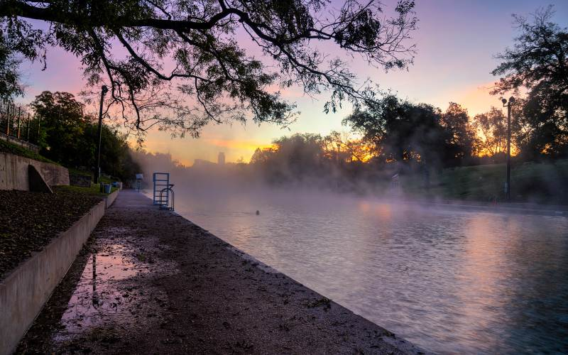 10 Paranormal Swimming Holes In Texas That Will Make You Feel Like You're In The Twilight Zone