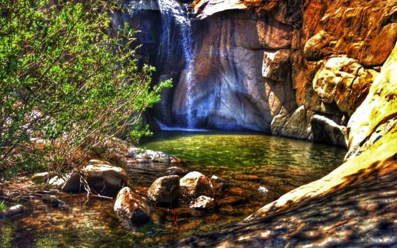 10-paranormal-swimming-holes-in-california
