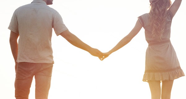 Couple-in-love-after-calling-the-best-California-Psychics
