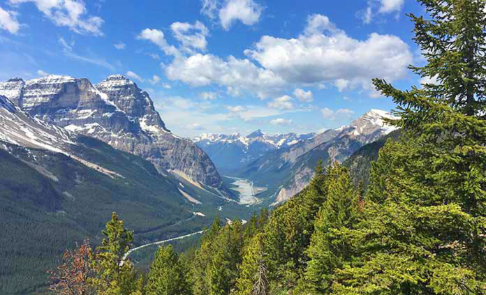 Banff & Yoho Walking & Hiking Tour