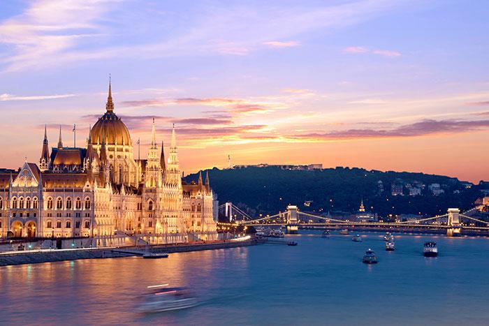 Budapest, Istanbul
