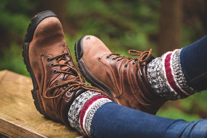 Hiking Socks—How to Find the Best Socks for Hiking