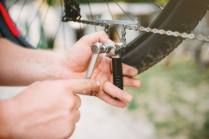 how to fix a bike chain