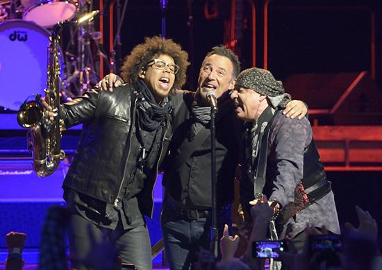 Backstreets com: Springsteen News Archive Jan-Feb 2016
