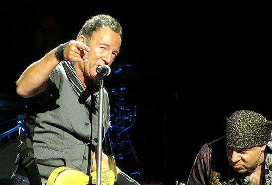 Backstreets com: Springsteen News Archive Mar-Apr 2016