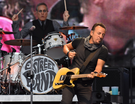 Backstreets com: Springsteen News Archive May-Jun 2016