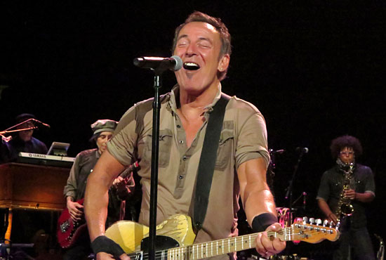 3b9e7d2a8 Backstreets.com: Springsteen News Archive Jan-Feb 2017