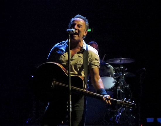 Backstreets com: Springsteen News Archive Jan-Feb 2017