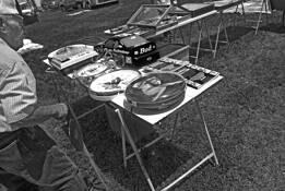 Antique & Collectibles Fair 11 by Jon Fjortoft