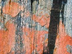 Rock 07 by Jerzy Pawlowski