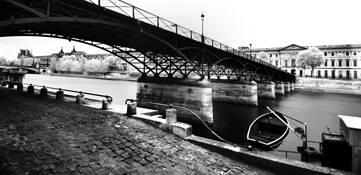 Pont Des Arts by Paolo Ameli