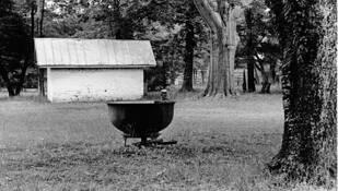 Plantation Wash Pot by Jane Robbins Kerr