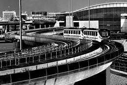 06 JFK  Tram Curve.  New York by Joe Constantino