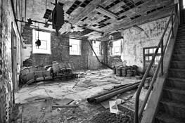 Abandoned by Mariusz Lichacz