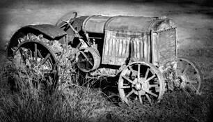 Truck Etc 8 by Allan R. Lamb