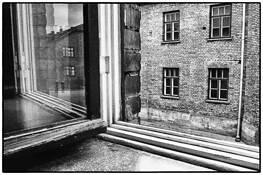 Auschwitz 2 by Yolande Querens
