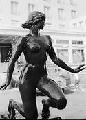 Sclulpture of Woman by Vojin Drenovac