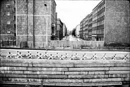 Berlin Wall by Timothy Floyd