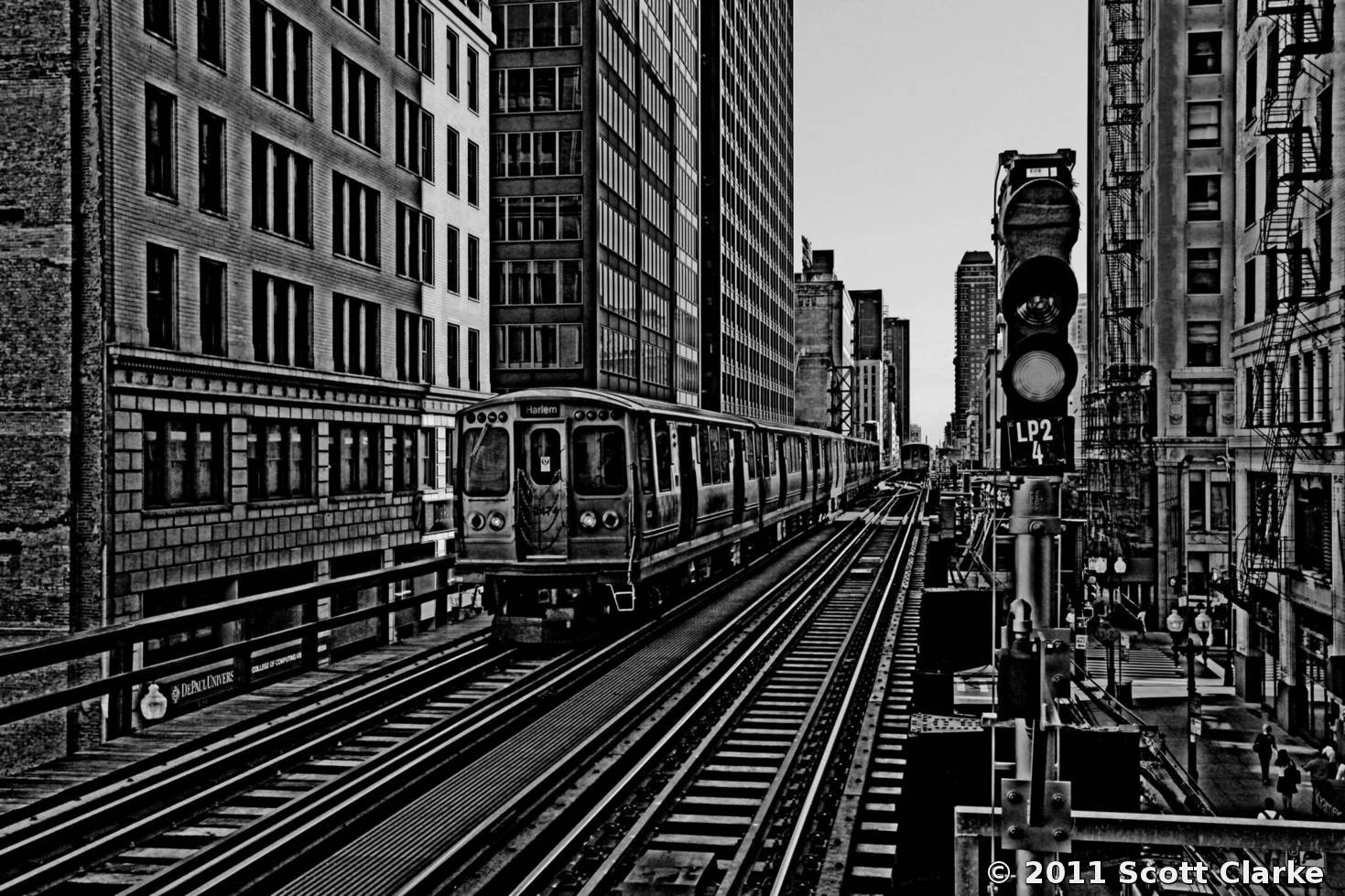 The Loop Chicago L Train By Scott Clarke Black Amp White