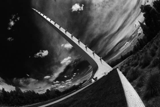 Sundial bridge b