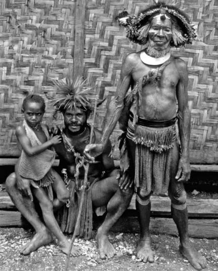 Papua 3 generations