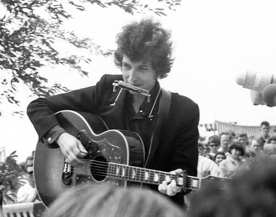 Dylan at newport