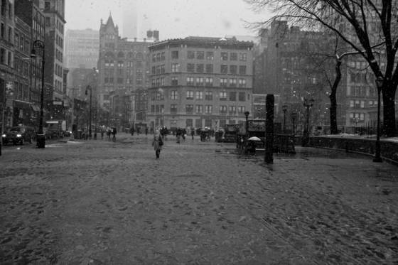 The snowing day in union square